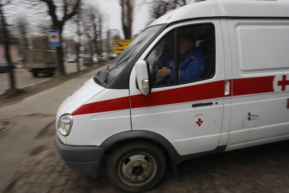 В Калининграде на школьном дворе пытались зарезать мужчину  - Новости Калининграда