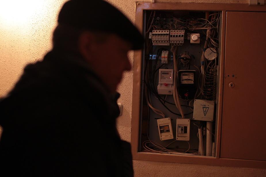 В Калининграде в среду из-за ремонта у жителей некоторых кварталов нет света, тепла и воды (список)