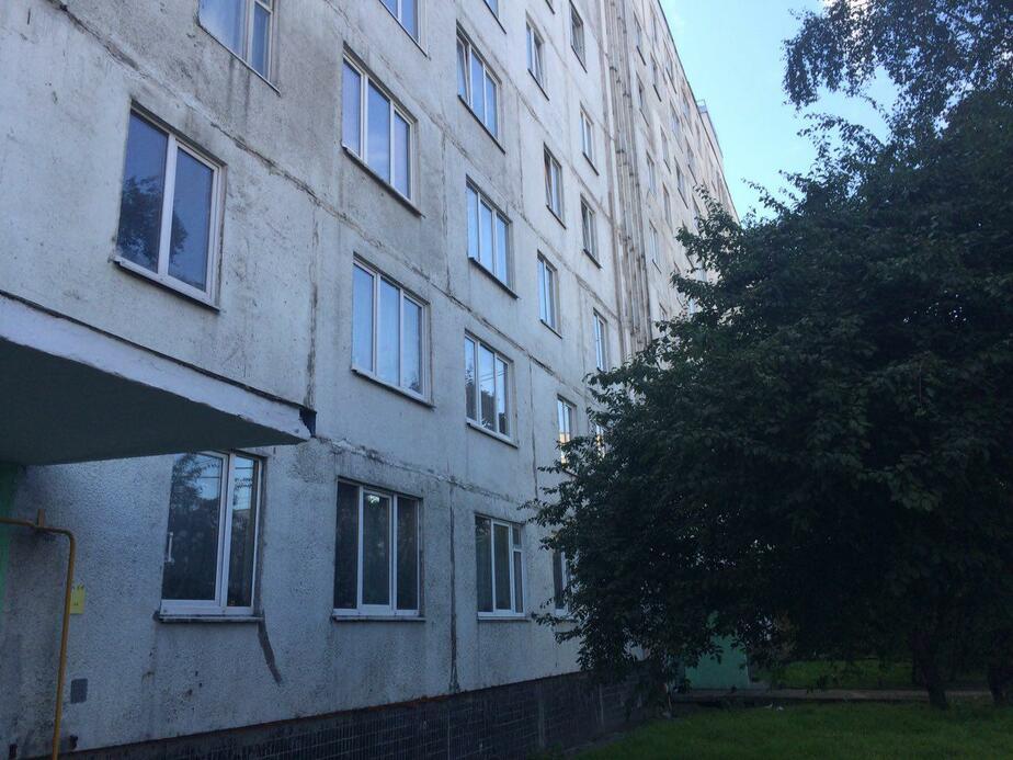 В квартире ворвавшегося в прокуратуру мужчины обнаружили тротил, порох и оружие - Новости Калининграда