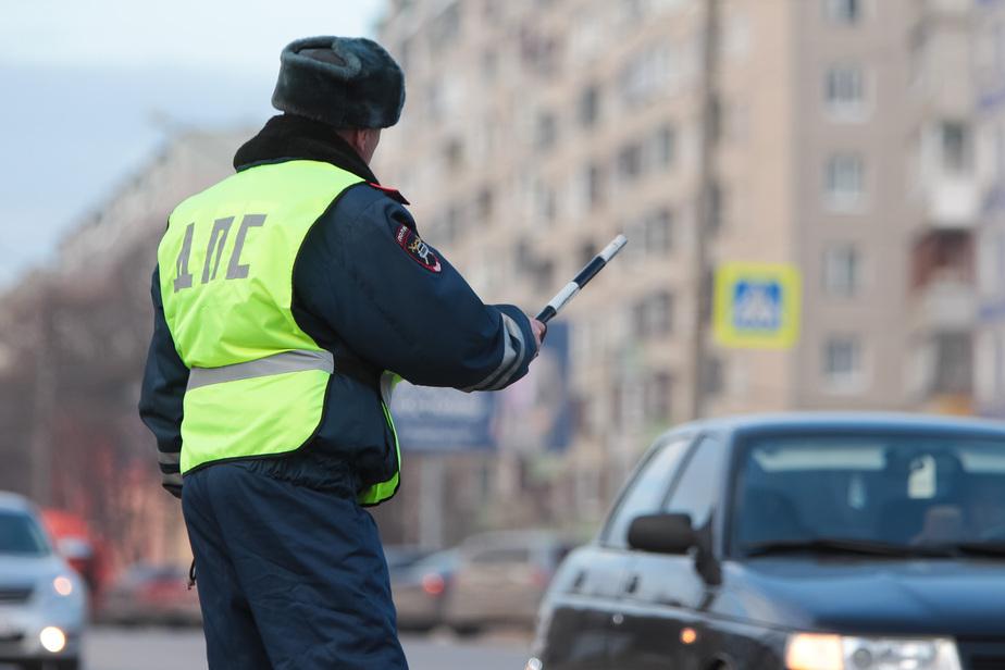 """В Калининграде прохожий сдал нарушителя в ГИБДД, а те сдали """"жалобщика"""" водителю - Новости Калининграда"""