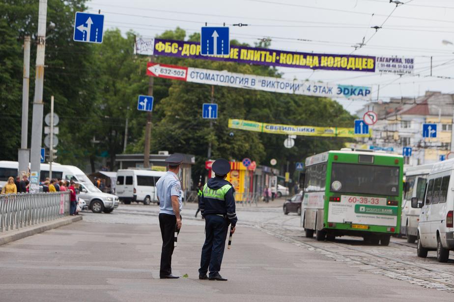 В Калининграде накажут водителя маршрутки, высадившего пассажирку со сломанной ногой - Новости Калининграда
