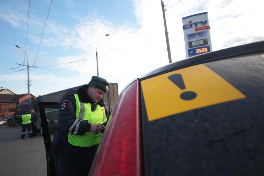 С сегодняшнего дня водителей-должников начнут лишать прав - Новости Калининграда