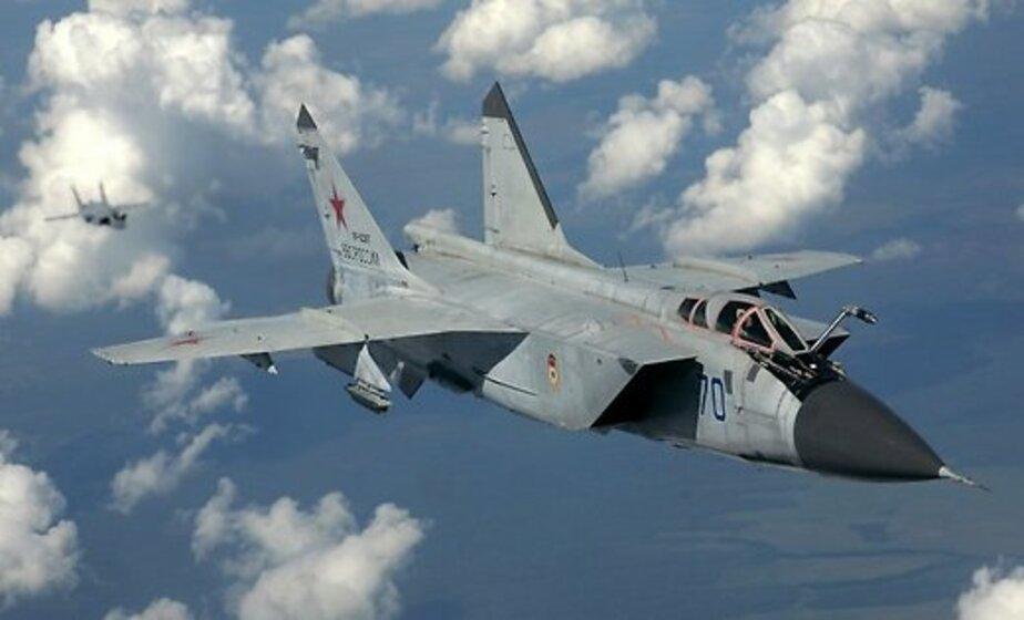 СМИ: У воздушной границы Латвии заметили российскую военную эскадрилью  - Новости Калининграда