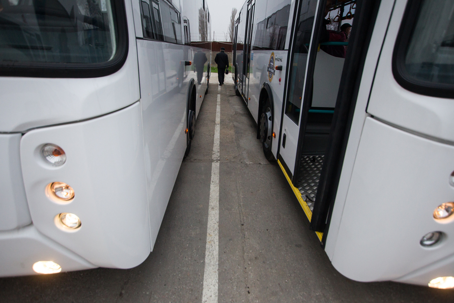 Ярошук пообещал с начала года не увеличивать стоимость проезда на общественном транспорте - Новости Калининграда