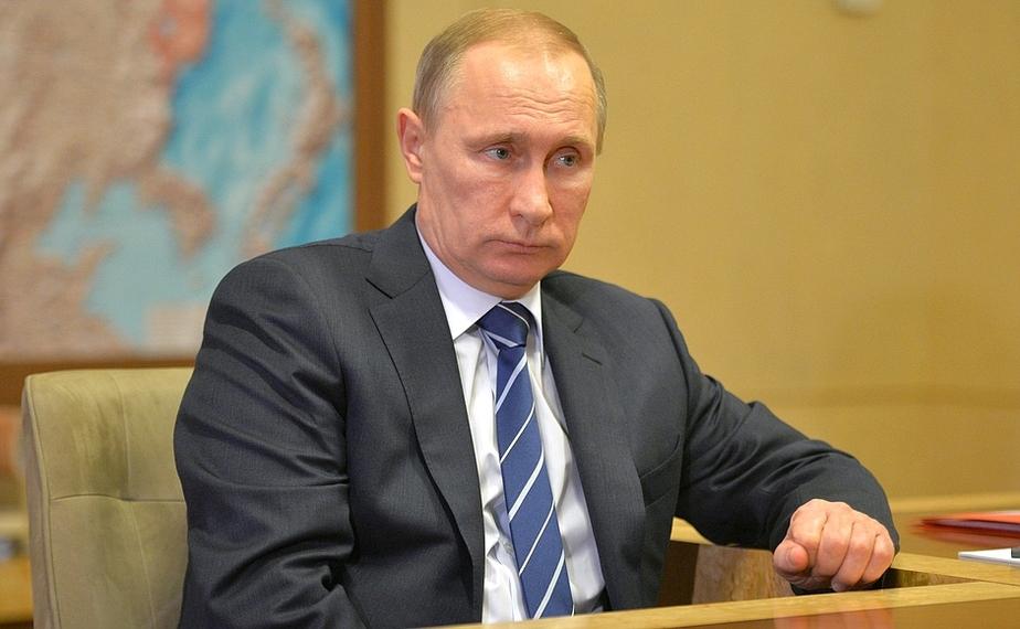 """Путин подписал пакет законов Яровой и поручил кабмину """"минимизировать риски"""" - Новости Калининграда"""