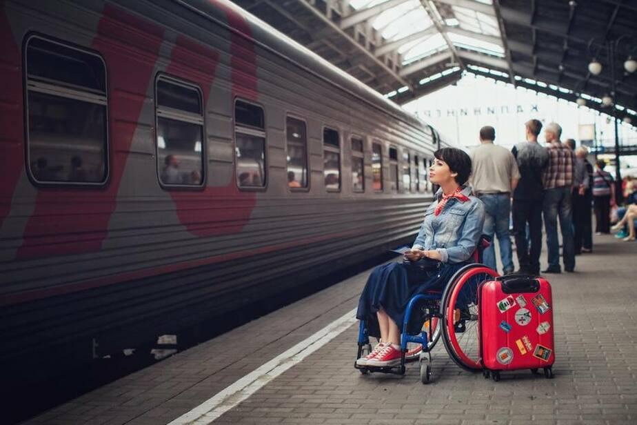 Передвигающаяся на инвалидной коляске калининградка будет работать экскурсоводом на ЧМ-2018