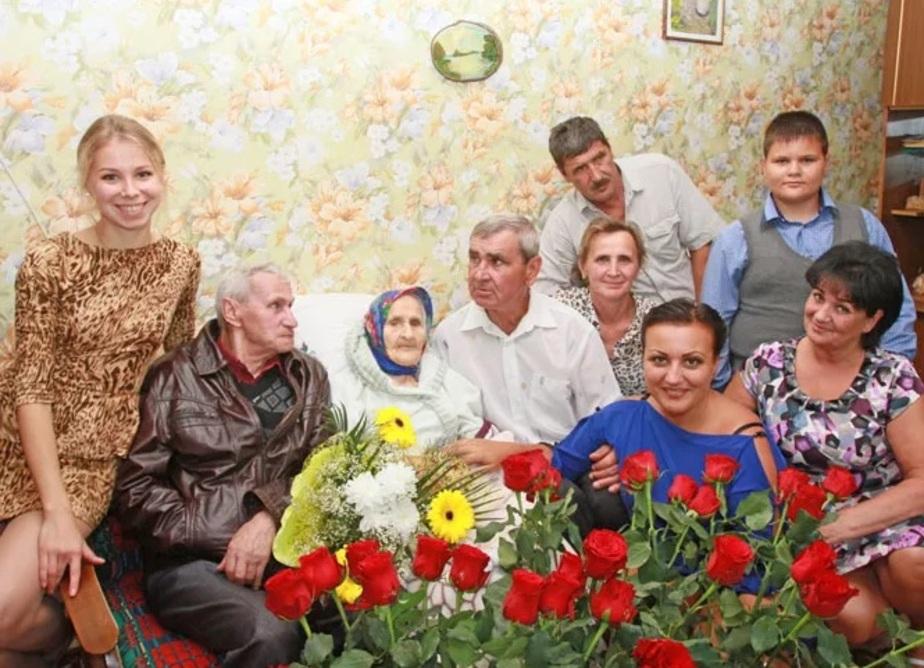 16 внуков и 23 правнука: жительница Мамоново отпраздновала столетний юбилей  - Новости Калининграда