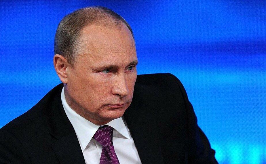 Путин призвал готовиться к низким ценам на нефть в течение долгого времени