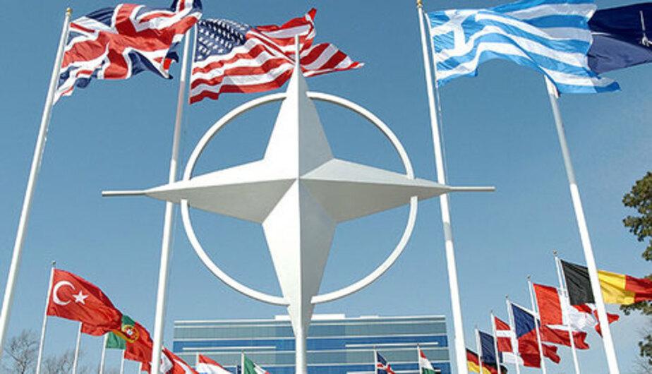 Польша будет добиваться отмены соглашения о неразмещении войск НАТО вдоль российских границ
