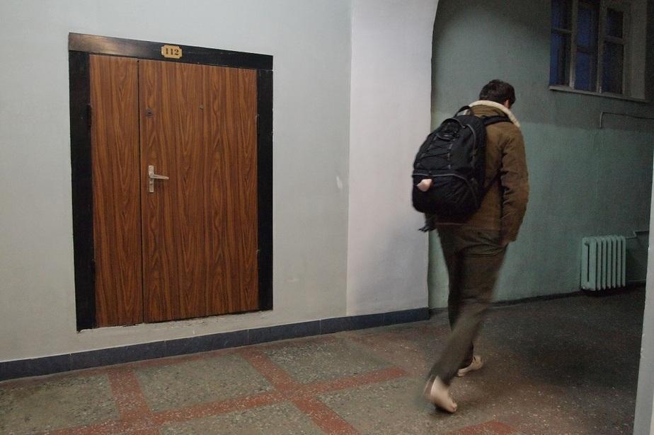В Калининграде МЧС и полиции пришлось ехать на вызов из-за тухлого мяса - Новости Калининграда