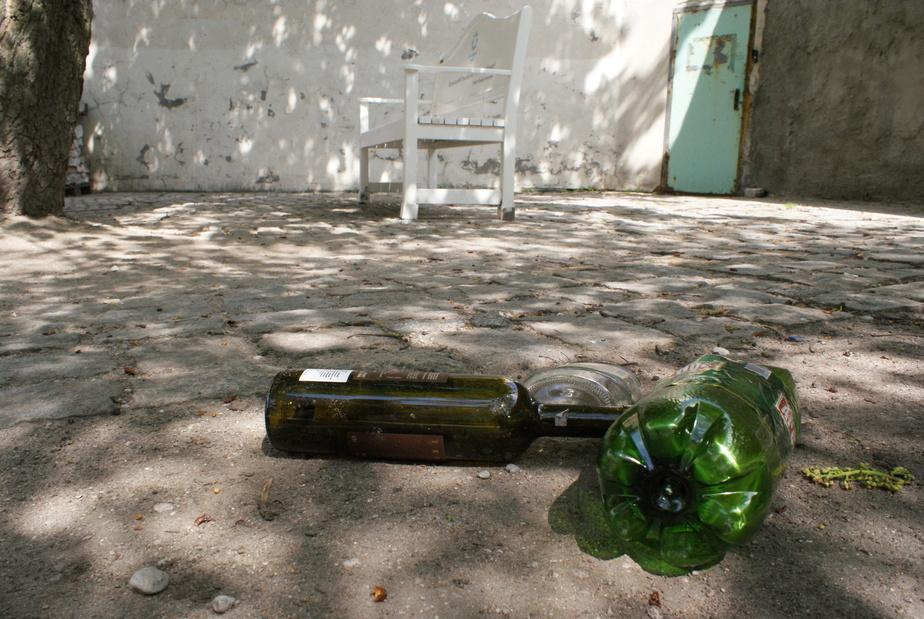 В Полесске вор отобрал у пенсионера бутылку спиртного - Новости Калининграда
