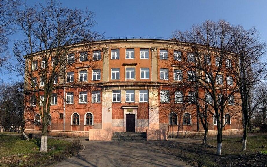 """Школу в Балтийске """"заминировали"""" коллекторы из-за долга одного из сотрудников  - Новости Калининграда"""