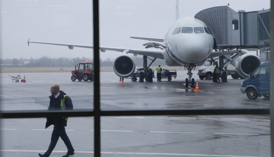 """Из-за неполадок с самолётом калининградские туристы четыре часа не могут вылететь из """"Храброво"""" в Грецию - Новости Калининграда"""