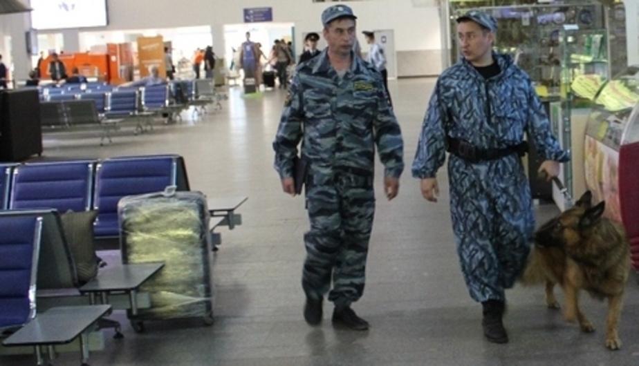 """В """"Храброво"""" просят пассажиров приезжать за два-три часа до отправления рейсов"""