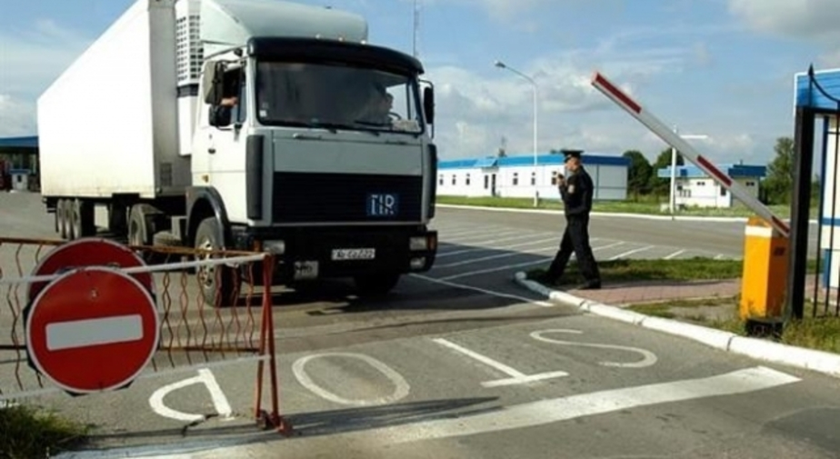 На границе застряли фуры с турецкими фруктами, которые шли в калининградские супермаркеты - Новости Калининграда