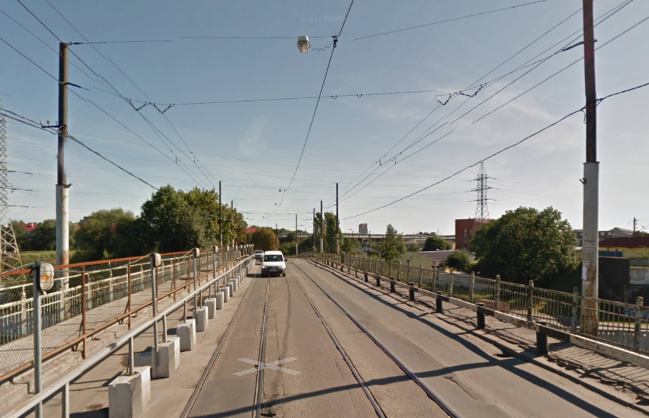 В Калининграде снова пустят автобусный маршрут № 18 через мост на Суворова