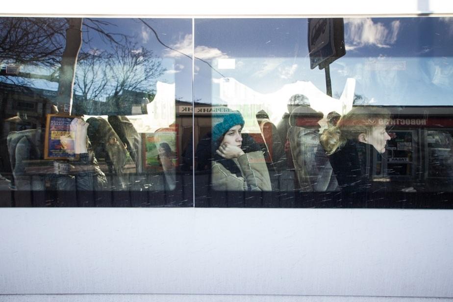На пл. Василевского перенесли автобусную остановку