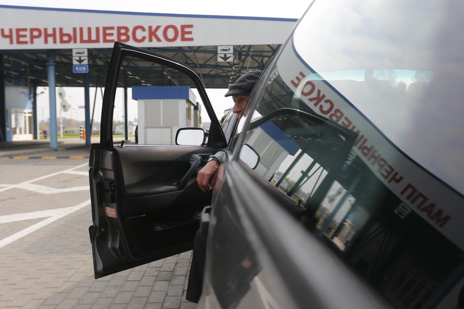 Калининградцы массово пытаются провезти из Польши продуктовую контрабанду