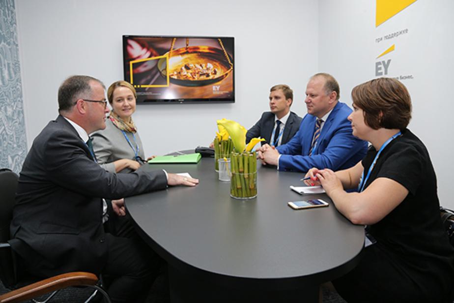 Цуканов хочет привезти в Калининград британских преподавателей - Новости Калининграда
