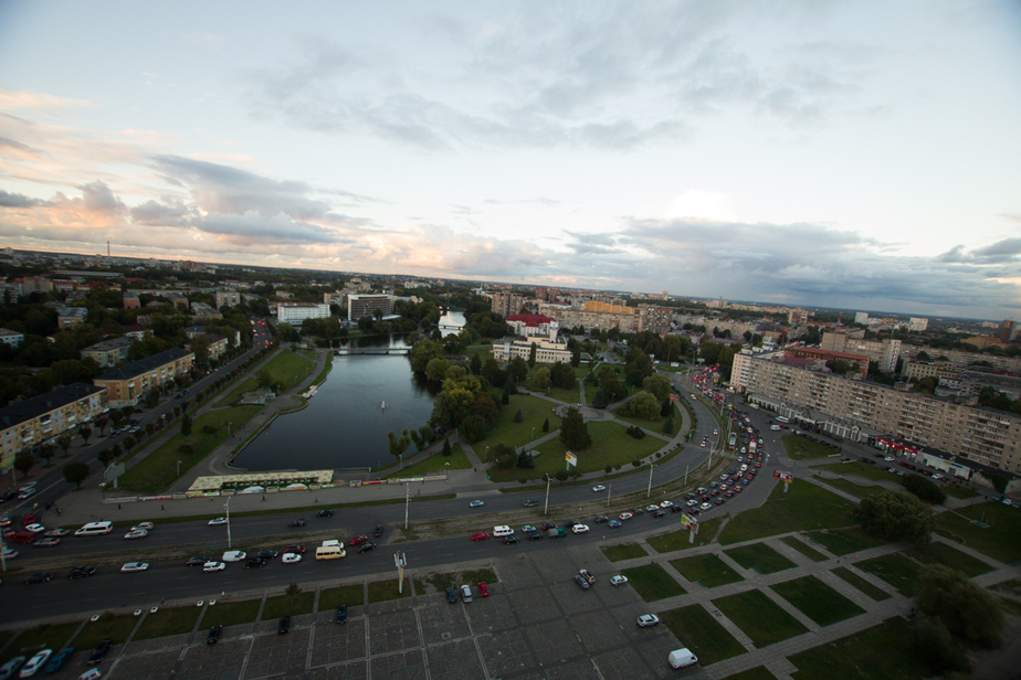 Как в Германии: российские эксперты предложили объезжать пробки по обочинам - Новости Калининграда
