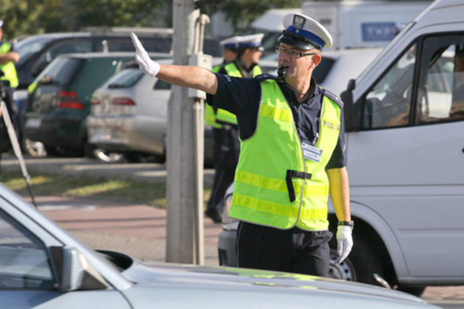 В Бранево полицейские задержали россиянина, ехавшего в городе со скоростью 110 км/час - Новости Калининграда