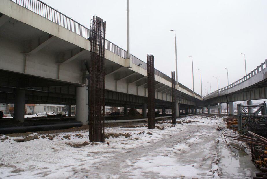 Вдоль Второй эстакады в Калининграде началось строительство двух пандусов (фото) - Новости Калининграда