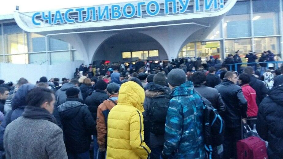 """Из """"Храброво"""" эвакуировали людей из-за анонимного звонка - Новости Калининграда"""