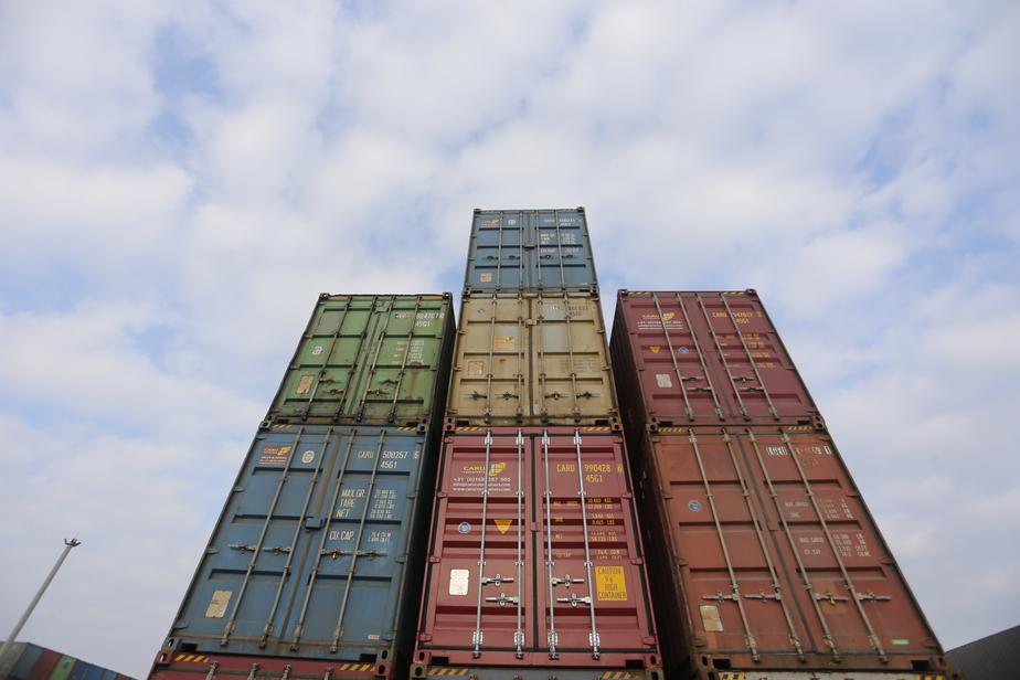 В Калининград не пустили 28 тонн марокканских сардин