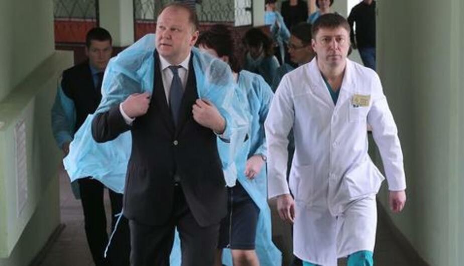 Цуканов - врачам: Вы не должны допускать простоя дорогостоящего медоборудования - Новости Калининграда
