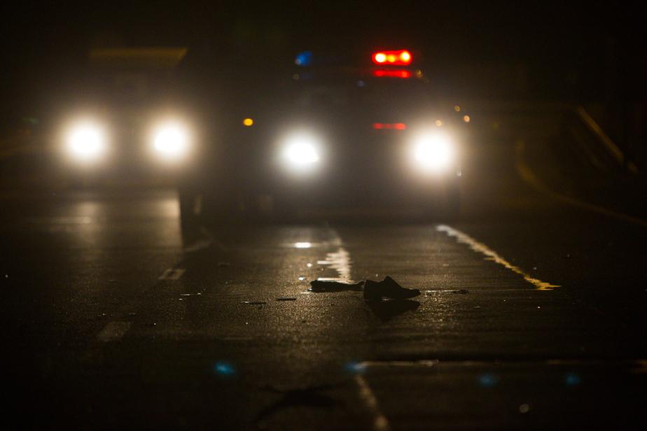 Под Калининградом сбили двух пешеходов, ночью двигавшихся по шоссе