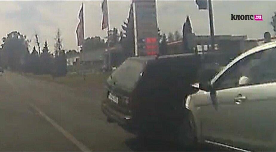В Калининграде на опасном перекрёстке без светофора снова произошло крупное ДТП (видео)  - Новости Калининграда