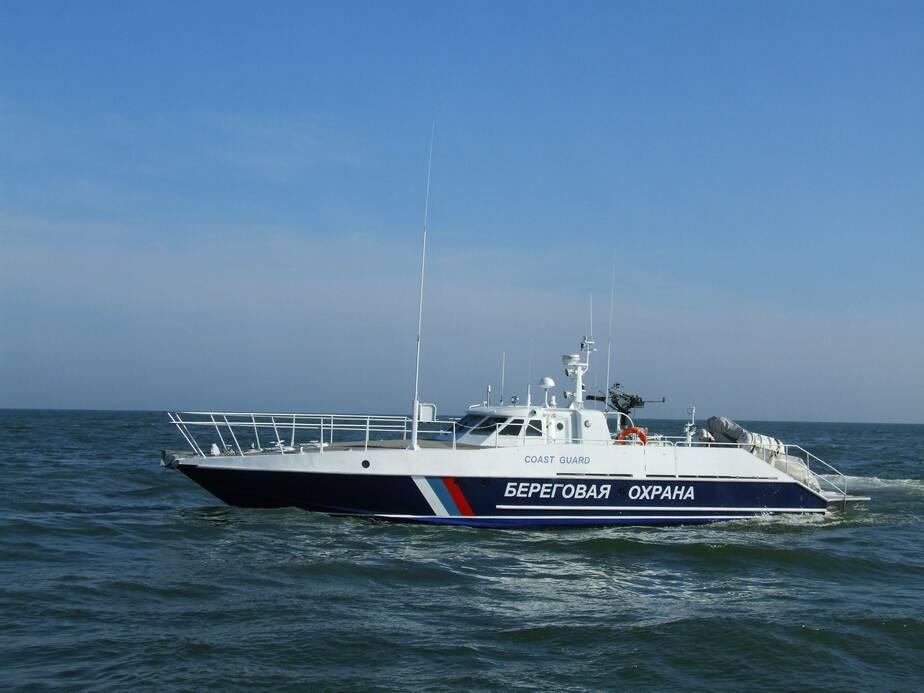 В Пионерском два подростка едва не утонули, переплывая ворота в порт - Новости Калининграда