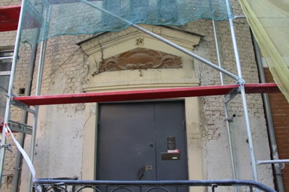 Падающие лифты и холод в доме: куда калининградцам жаловаться на коммунальщиков