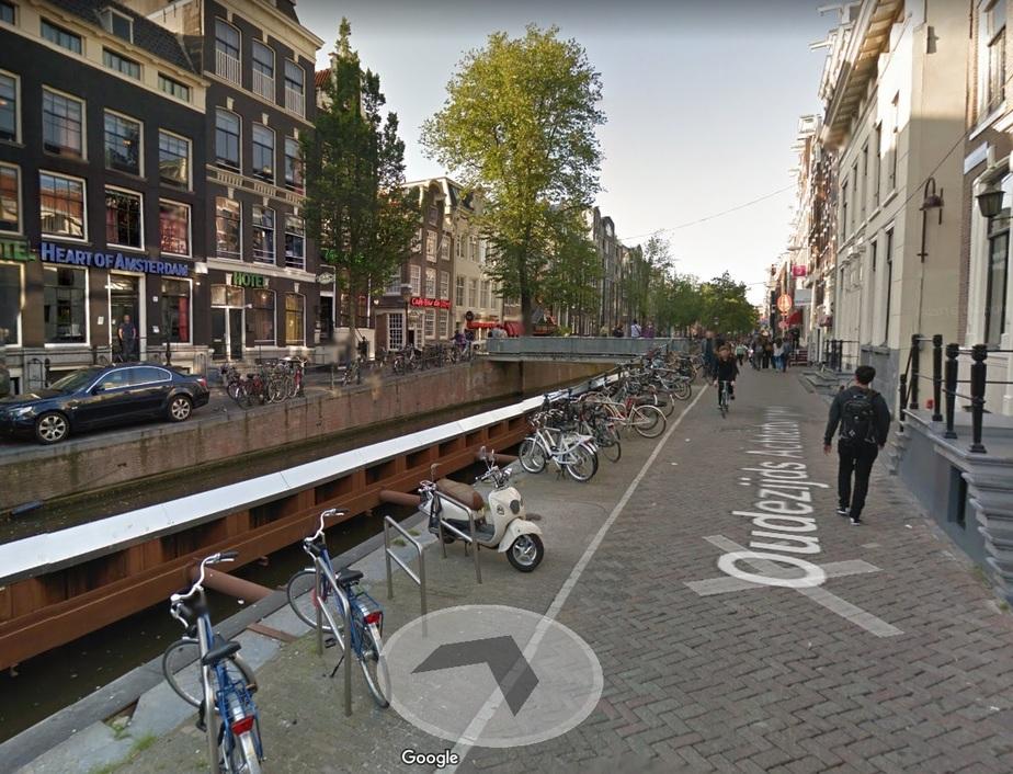 Улица, где находится Квартал красных фонарей / Скриншот Google Maps
