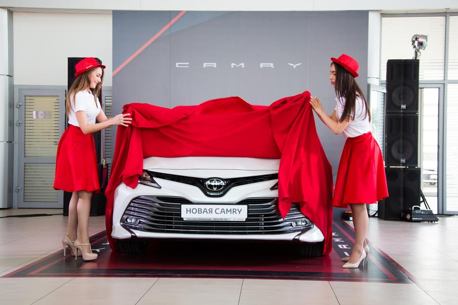 """В дилерском центре """"Тойота Калининград"""" прошла презентация абсолютно новой Toyota Camry - Новости Калининграда"""