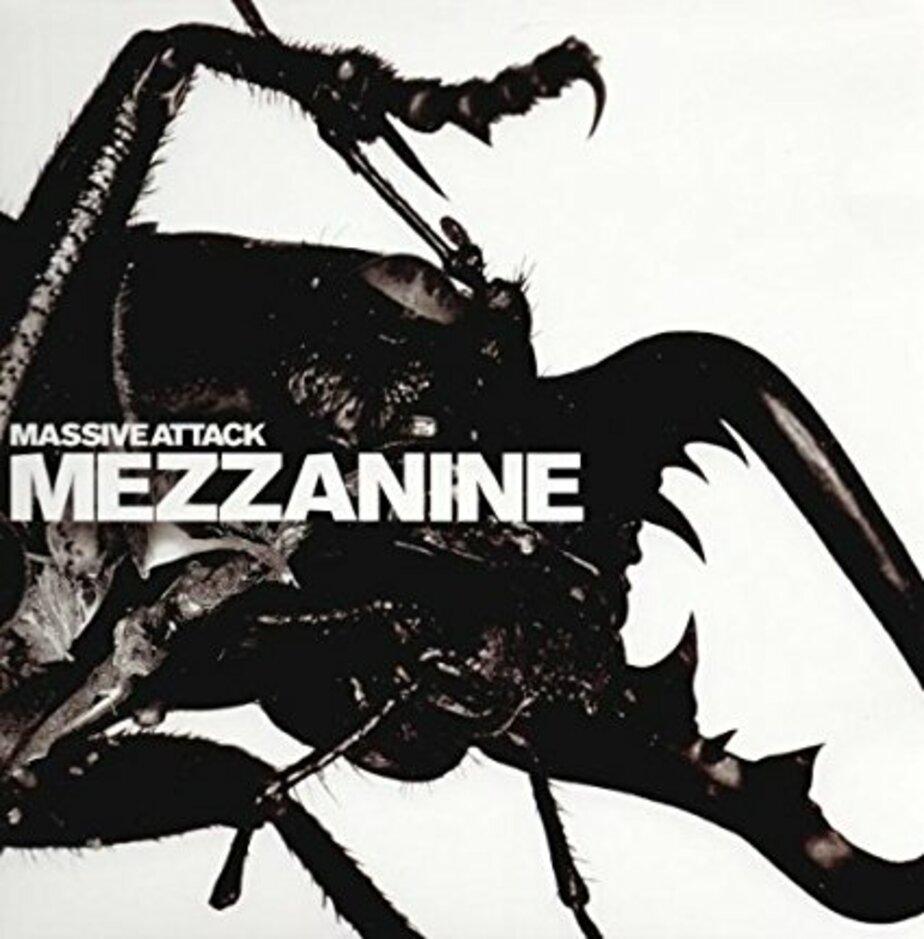 Обложка альбома Mezzanine