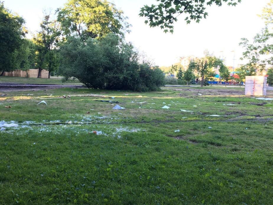 Очевидцы: на Верхнем озере после праздника благоустройства остались кучи мусора (фото) - Новости Калининграда