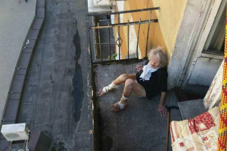 Одинокая пенсионерка, которой спасатели помогли попасть в квартиру, переедет в дом престарелых - Новости Калининграда | Фото: очевидец