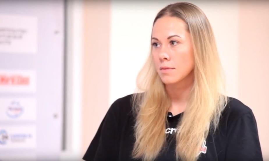 "На фото Екатерина Орлова | Кадр видеозаписи ""Канал ProЛичность"" в YouTube"
