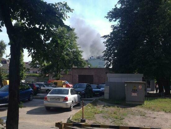 В Калининграде снова загорелось заброшенное здание на Вагнера (фото) - Новости Калининграда | Фото: очевидец