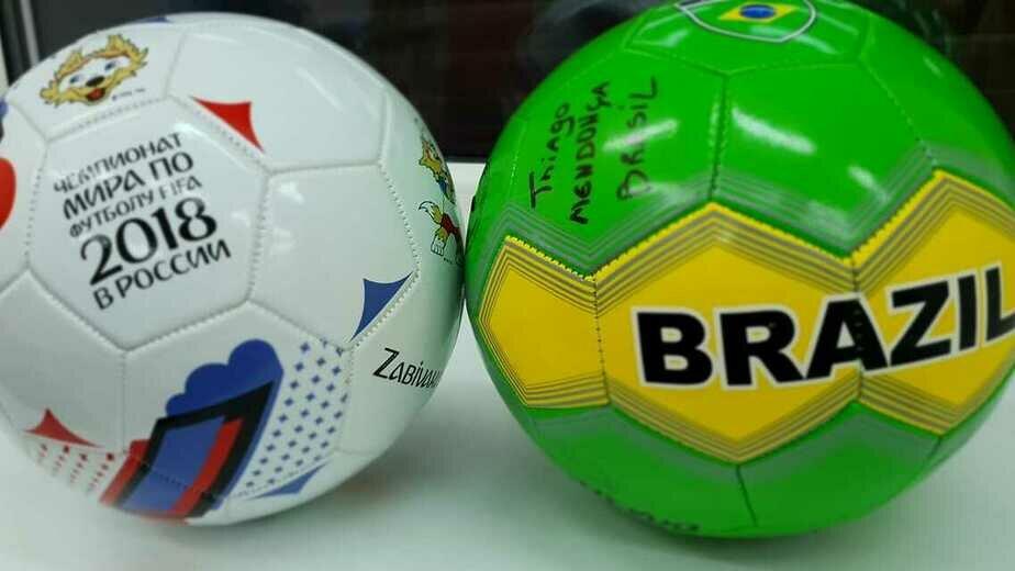 В Гусеве экс-игроки сборной Бразилии сыграли в футбол с ребятами из детских домов - Новости Калининграда | Фото: Анжелика Майстер