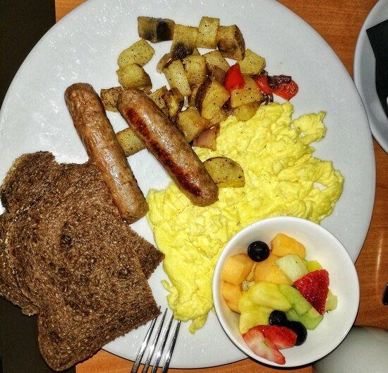 Континентальный завтрак в отеле Вашингтона | Фото: Елена Столповская