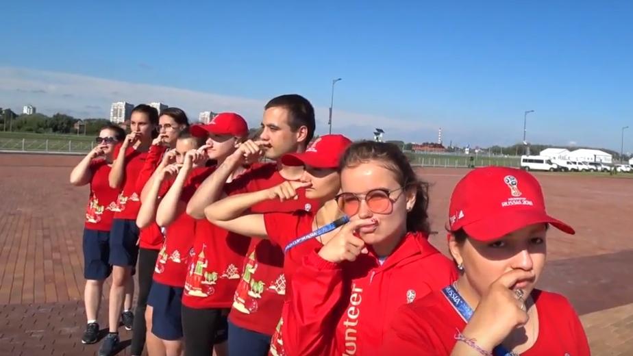 Волонтёры из Калининграда записали видео в поддержку сборной России  - Новости Калининграда | Фото: кадр из видео
