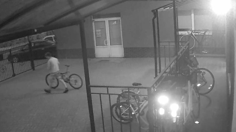 Два калининградца украли четыре велосипеда за одну ночь (видео) - Новости Калининграда | Фото: пресс-служба УМВД России по Калининградской области