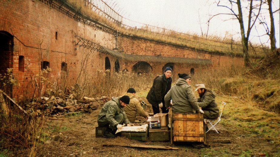 1998 год. Археологи на форту №3 | Фото из личного архива археолога
