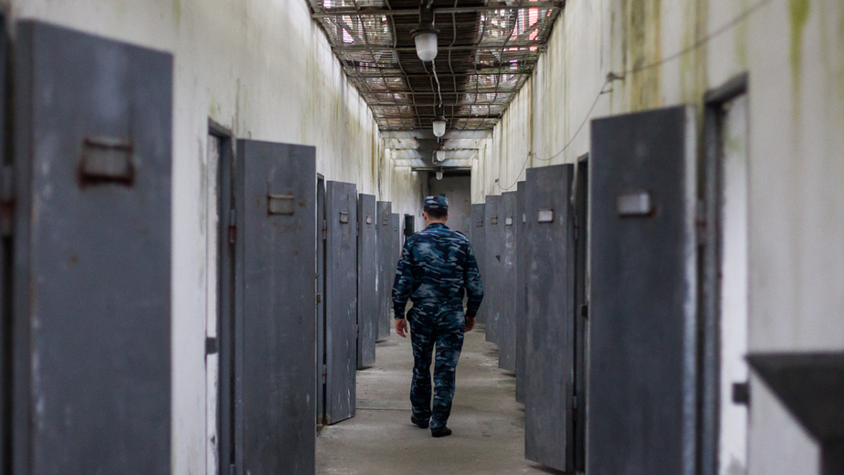 """В Калининграде арестовали сотрудника колонии по подозрению в избиении заключённого - Новости Калининграда   Архив """"Клопс"""""""