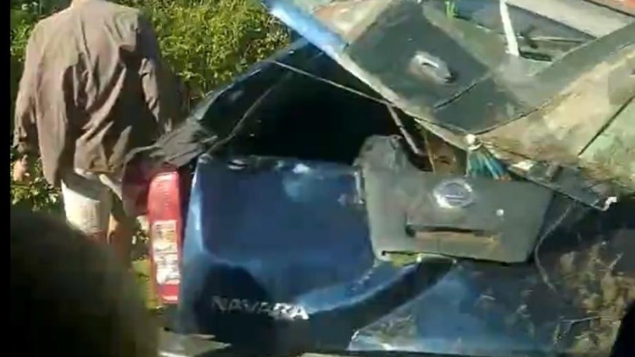 Очевидцы: между посёлками Приморье и Лесное перевернулся Nissan Navara (видео) - Новости Калининграда | Фото: кадр из видео