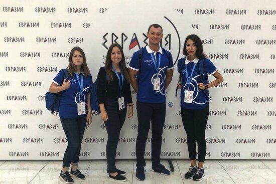 Более 380 молодых калининградцев приняли участие в экскурсионно-образовательных поездках и федеральных мероприятиях в сентябре - Новости Калининграда