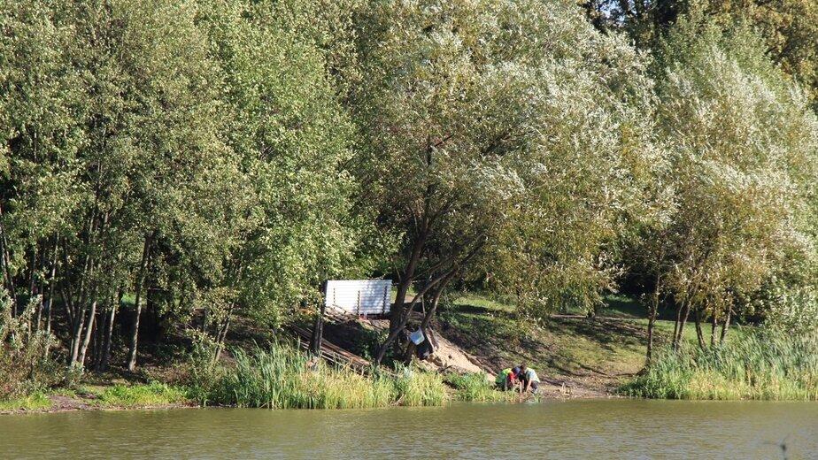 Силанов не разрешил подрядчику полностью оградить Летнее озеро - Новости Калининграда | Фото: пресс-служба администрации Калининграда