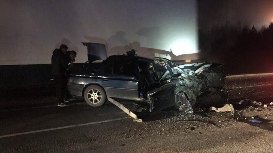 В Светловском районе легковушка врезалась в грузовик, пострадали два человека (фото)   Фото: очевидец